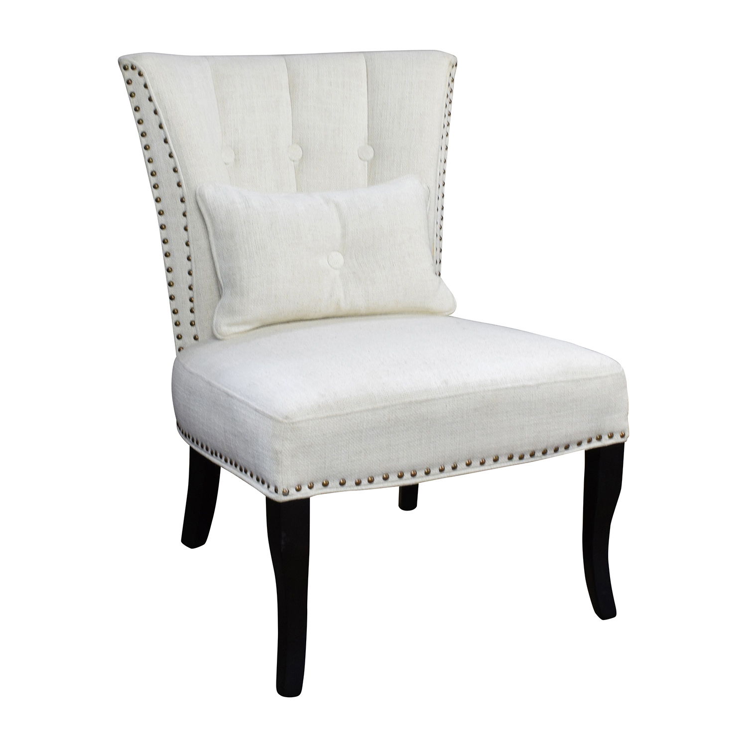 white tufted chairs wooden cushion chair 66 off unkown accent