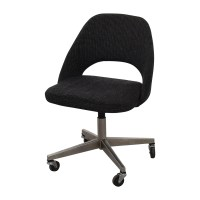 90% OFF - Saarinen Saarinen Executive Chairs / Chairs