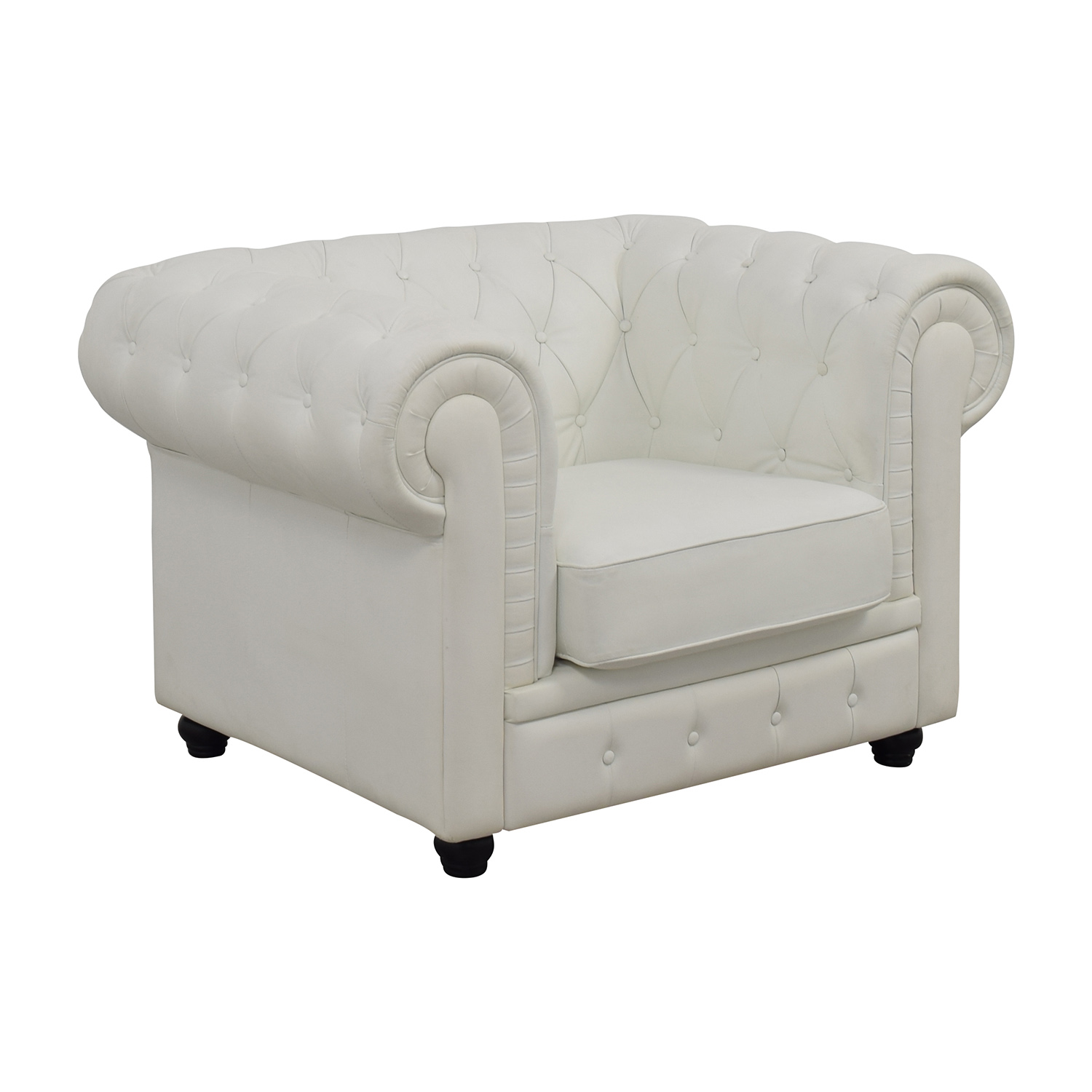 White Arm Chairs 86 Off Chesterfield Tufted White Leather Accent Chair