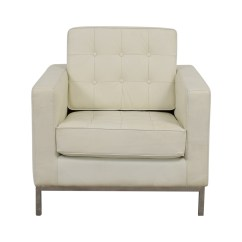 White Tufted Chair Large Bean Bag Chairs 87 Off Rooms To Go Grey