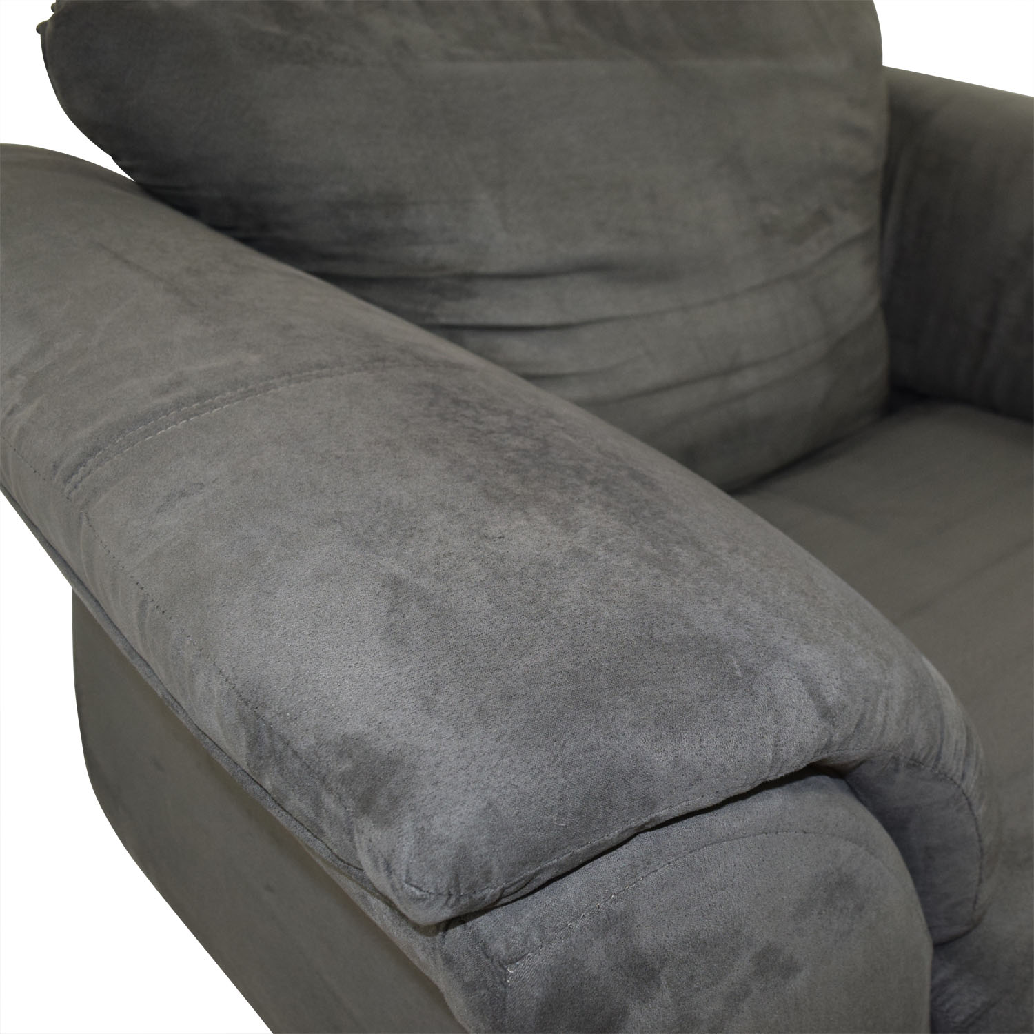 value city furniture accent chairs swivel chair height adjustment 90 off grey loveseat sofas price