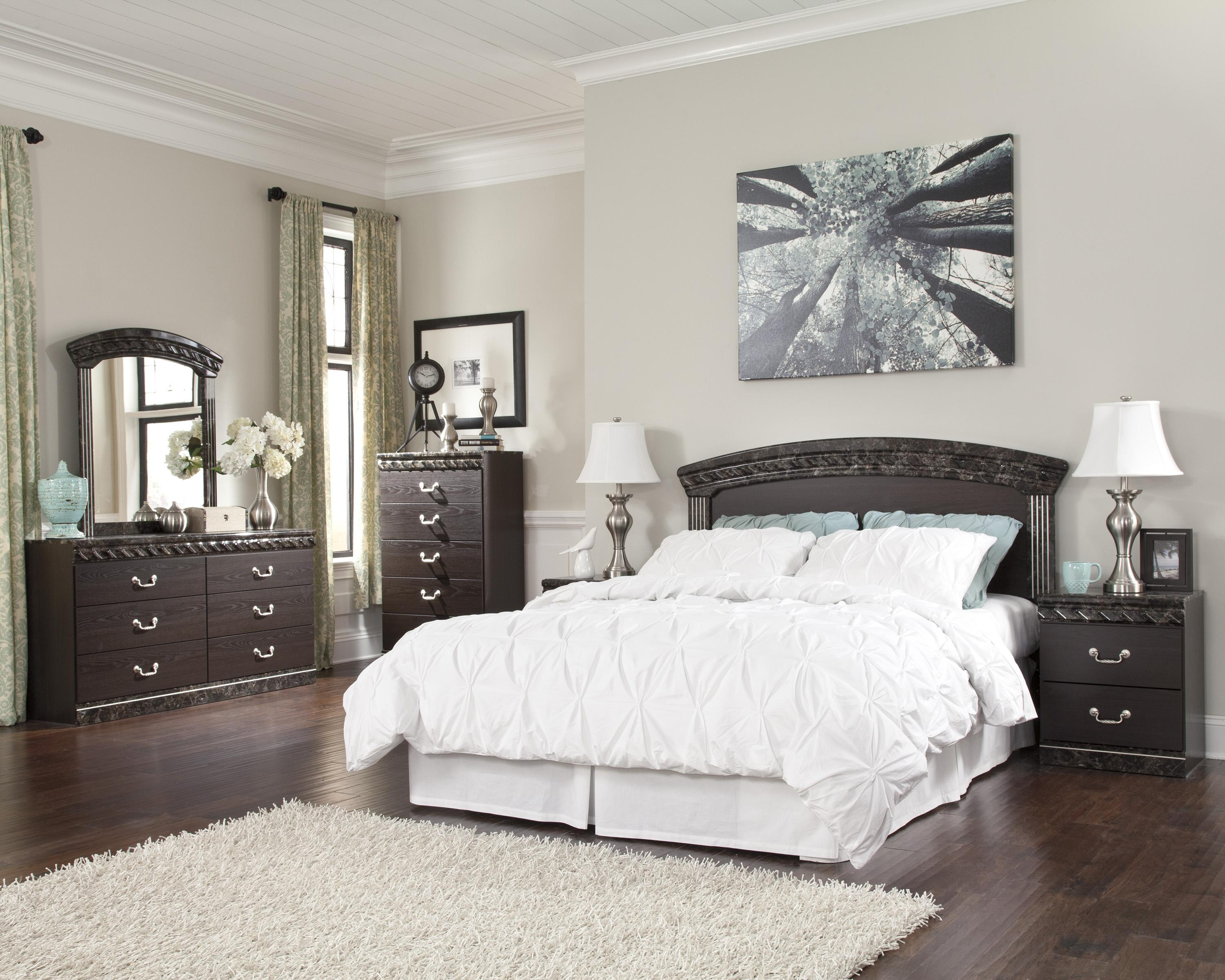 Signature Design By Ashley Vachel QueenFull Bedroom Group