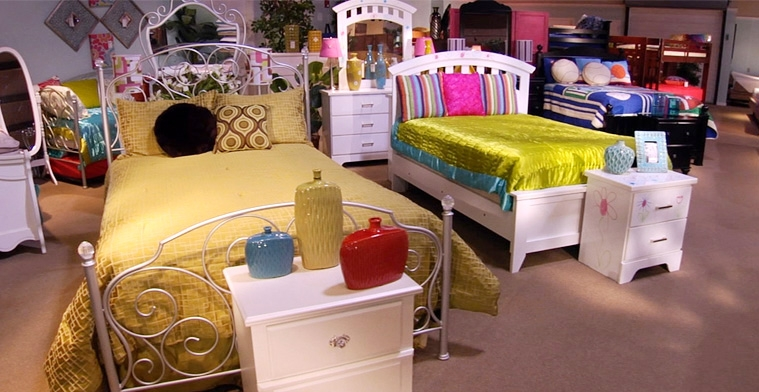 Roomstore Miskelly Furniture Jackson Pearl Madison