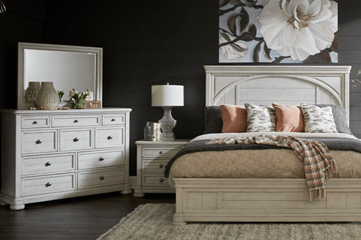We have tons of tall bedroom dressers so that you can find what you are looking for this season. Shop Bedroom Tucson Oro Valley Marana Vail And Green Valley Az Sam Levitz Furniture