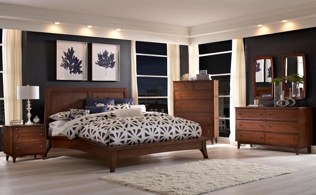 Broyhill Furniture Mardella Queen Platform Bed With