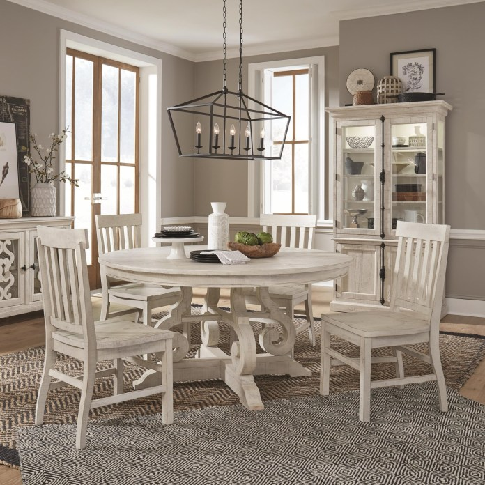 Magnussen Home Bronwyn 5 Piece Farmhouse Dining Set With Round Table Value City Furniture Dining 5 Piece Sets