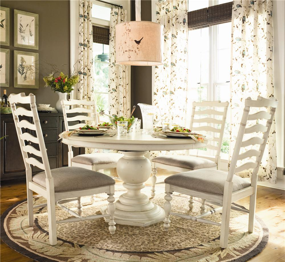 Paula Deen by Universal Home Round Dining Table w 4