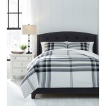 Signature Design By Ashley Bedding Sets Q344003k King Stayner Black Gray Comforter Set Sam Levitz Furniture Bedding Sets
