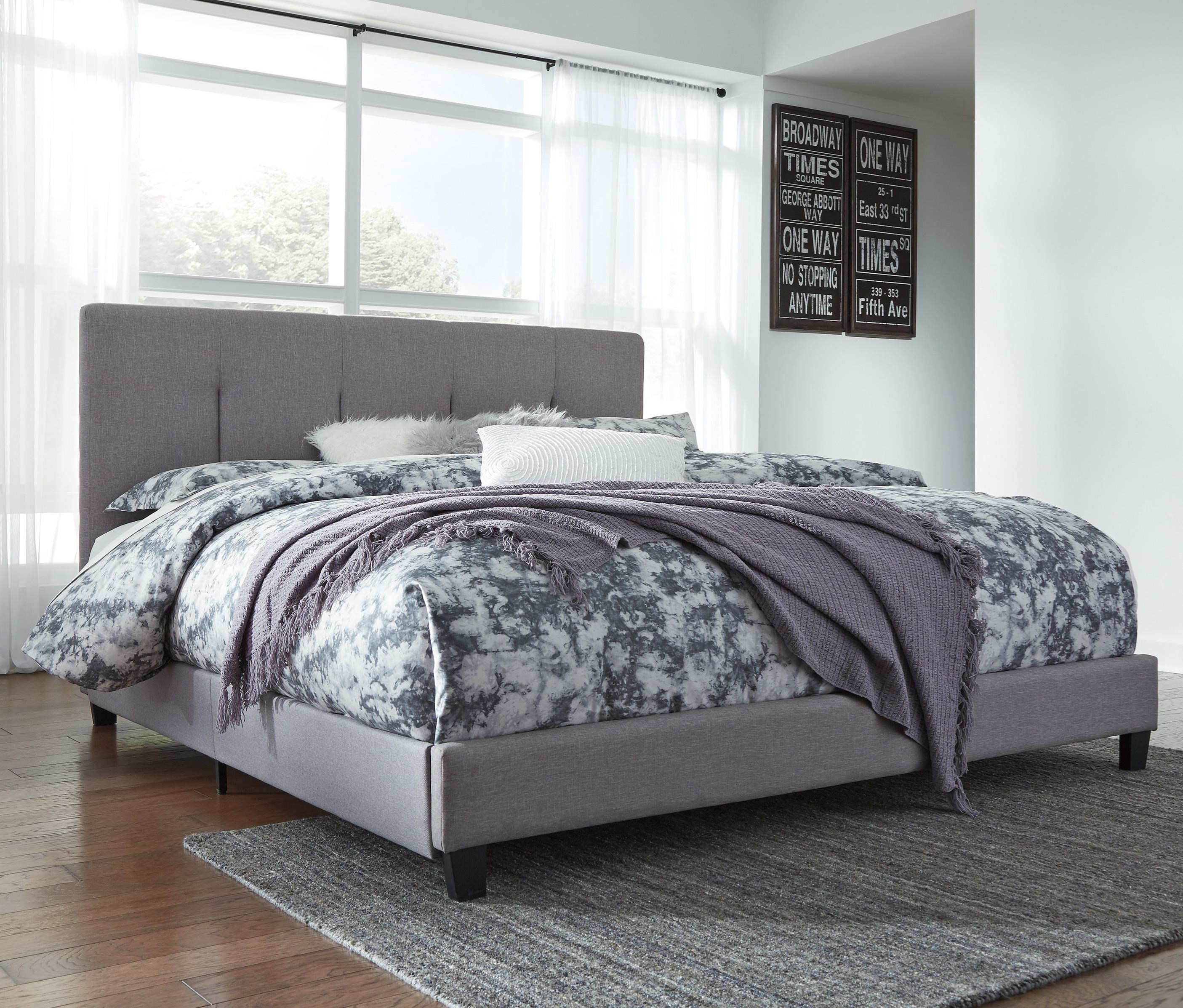Dolante King Upholstered Bed With Channel Tufting Amp Gray