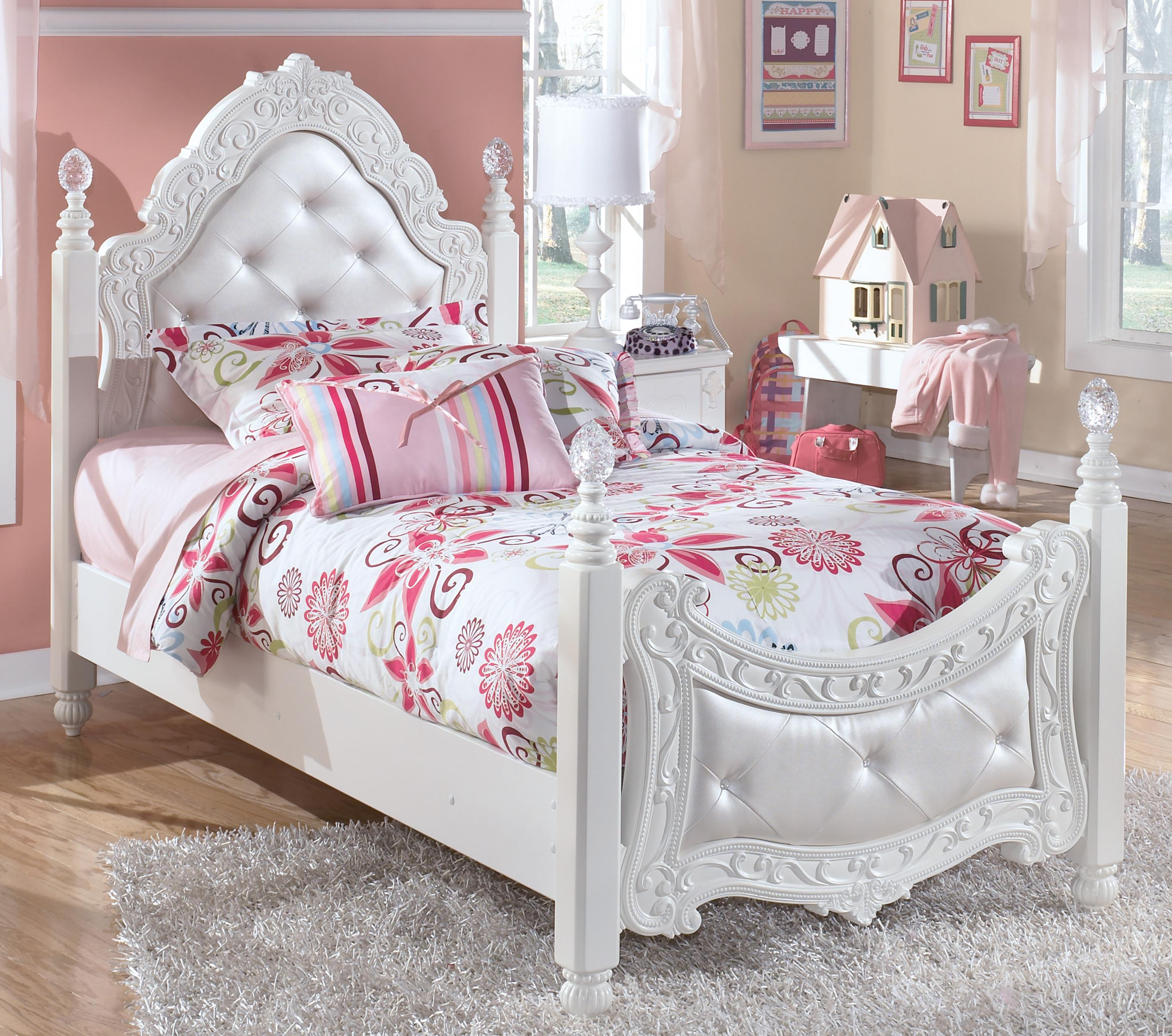 Signature Design by Ashley Exquisite Twin Ornate Poster Bed with Tufted Headboard & Footboard | Houston's Yuma Furniture | Upholstered Beds