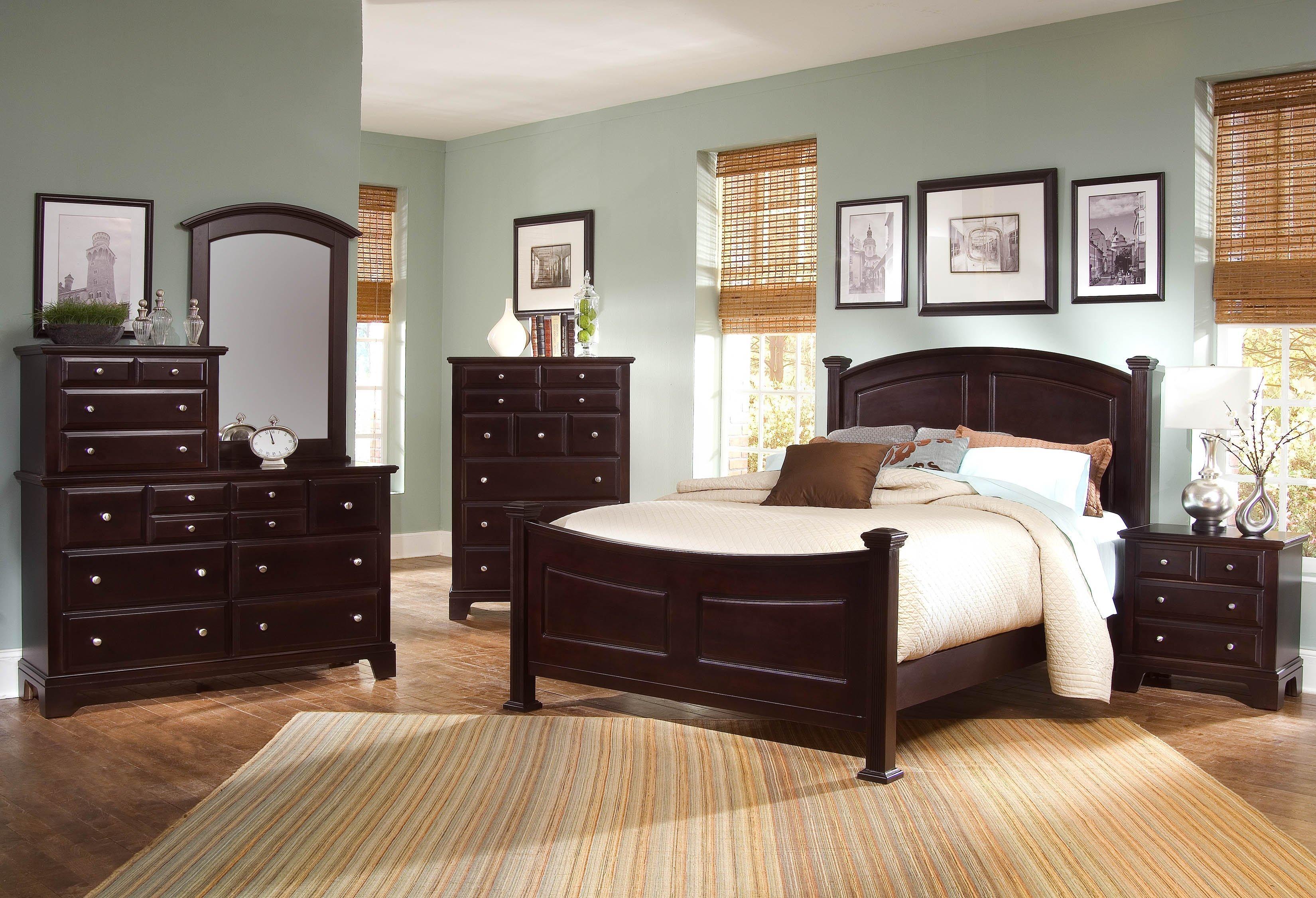 Vaughan Bassett HamiltonFranklin King Bedroom Group