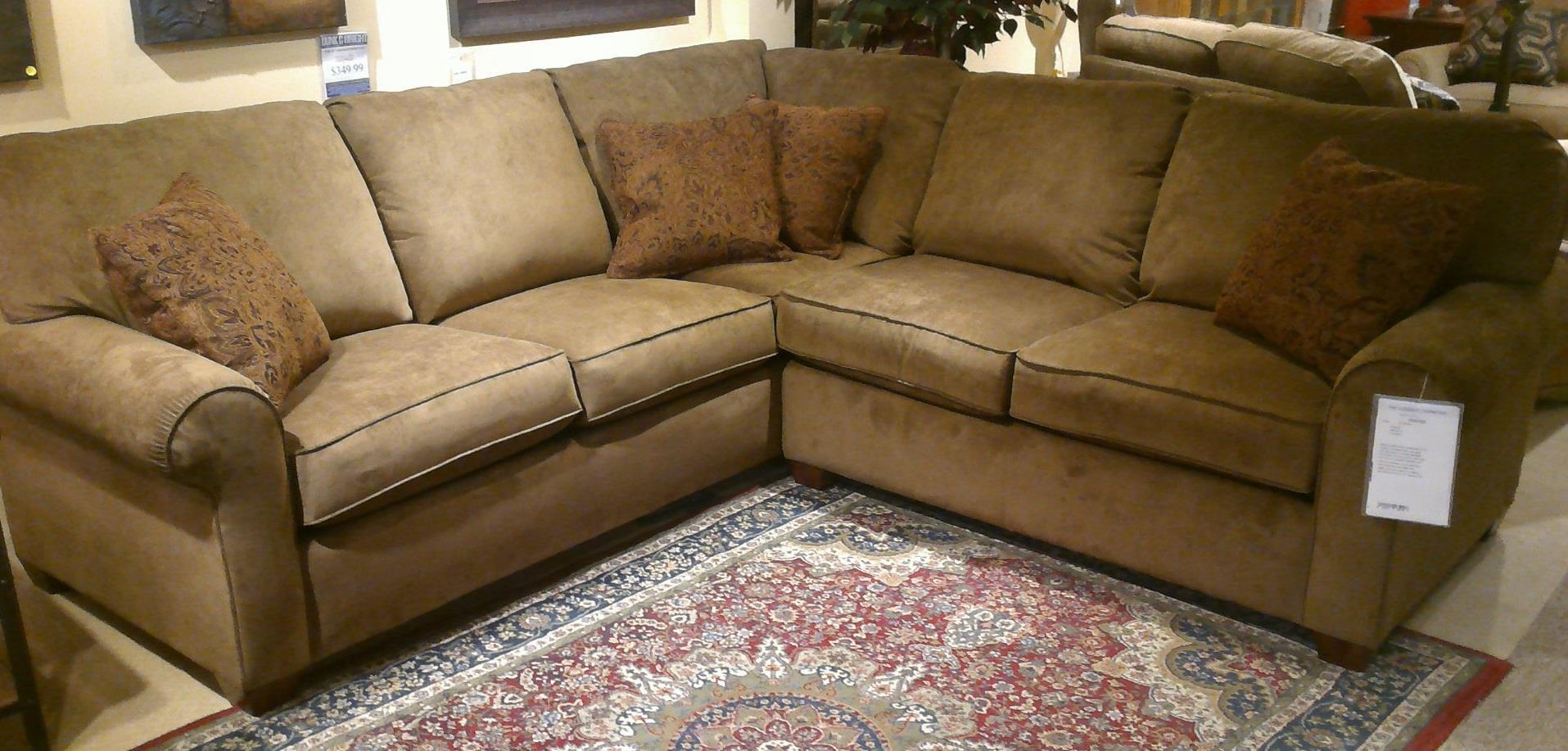 howell sofa chesterfield di malaysia flexsteel thornton price 3 piece