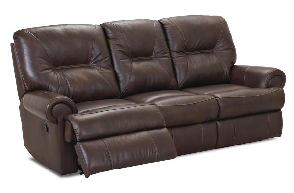 Klaussner Roadster Traditional Reclining Sofa .l