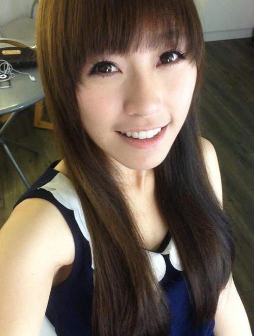 何穎璇(Miss Hunny)來自香港的正妹魔術師