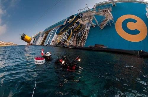 沈船《歌詩達協和號》內部模樣曝光 現在是廢墟船了