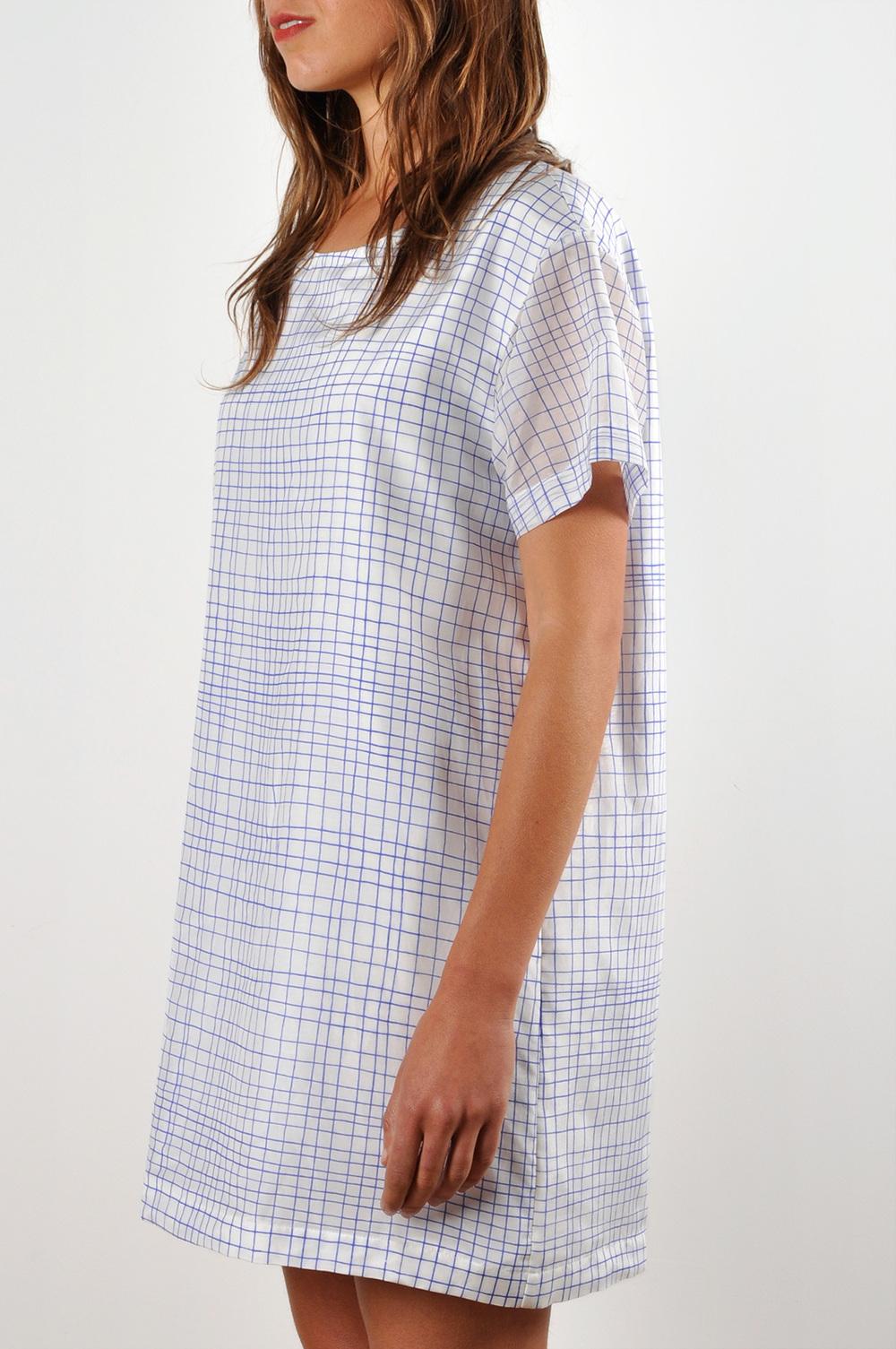 Waltzdrop Shoulder T-shirt Dress In Grid Print Cotton Silk