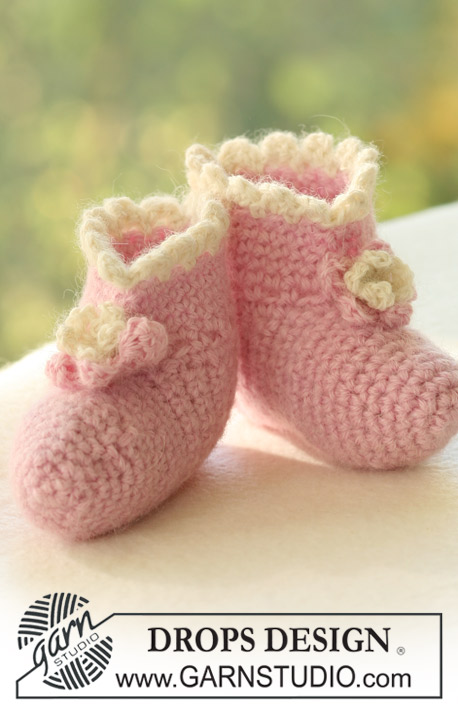 crochet baby booties diagram massey ferguson 135 parts over 100 free crocheted patterns at allcrafts net in alpaca