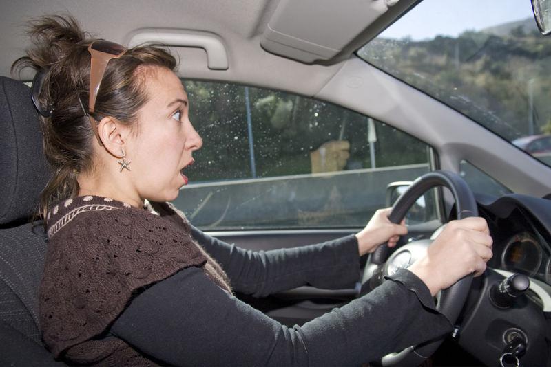 Resultado de imagen para woman bad driver