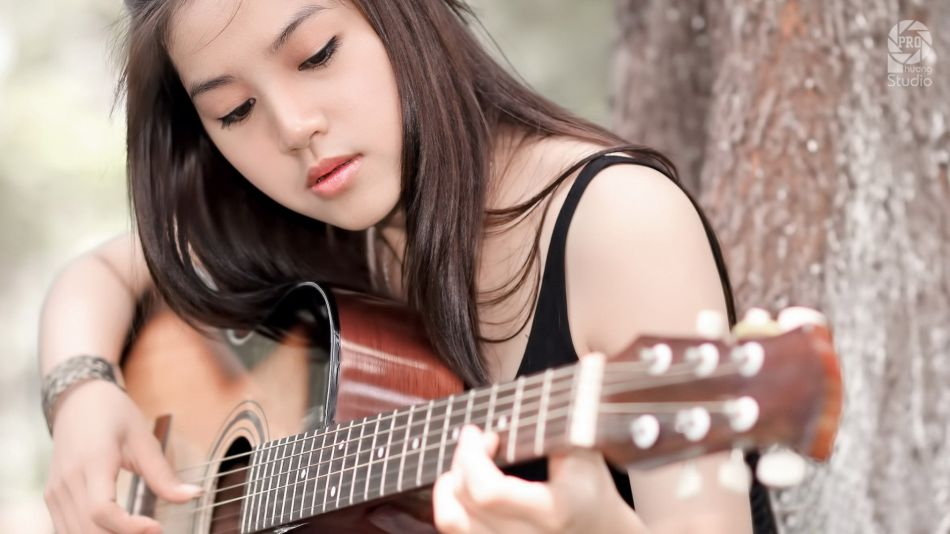 Free Fall Cat Wallpaper Guitar Girl Hd Wallpaper 1920x1080 Gludy
