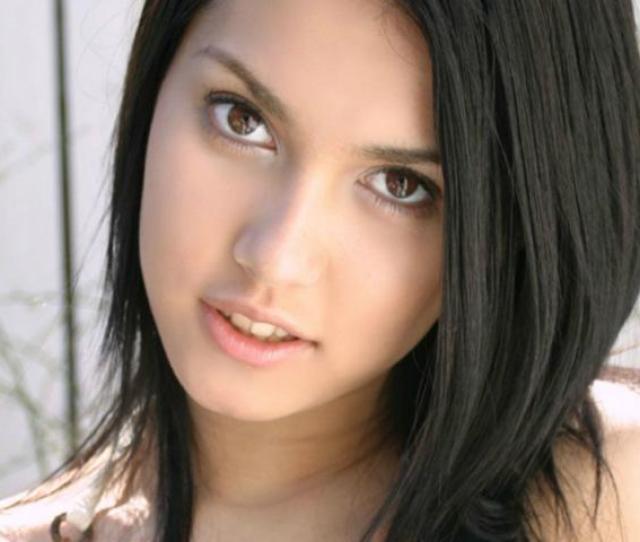 Maria To Star In Mmff Entry Nilalang With Robin Padilla