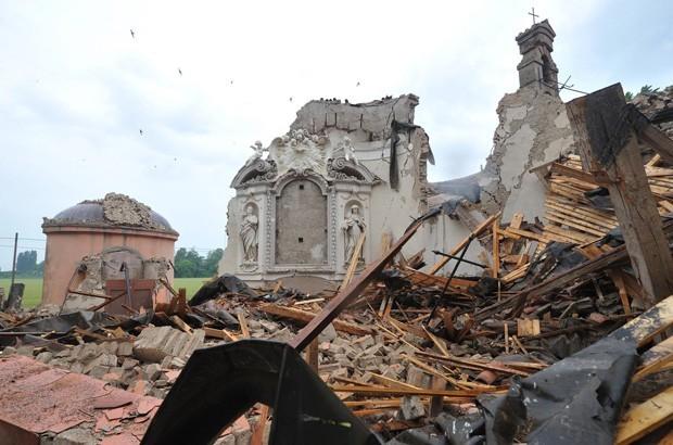 terremoto ,case crollate