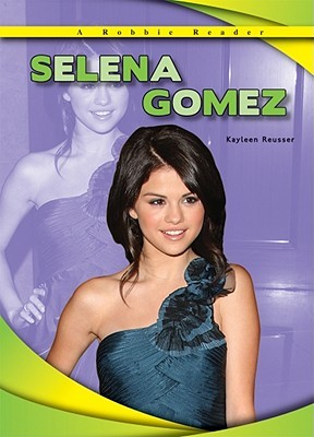 Selena Gomez: Day by Day with