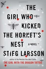 The Girl Who Kicked the Hornet's Nest (Millennium Trilogy) [Deckle Edge]