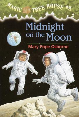 Midnight on the Moon (Magic Tree House, #8)