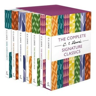 Mere Christianity, The Screwtape Letters, Surprised by Joy, The Four Loves, The Problem of Pain, The Great Divorce, Miracles (C. S. Lewis Signature Classics 7 Books Collection Box Set)