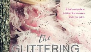 The Glittering Court (The Glittering Court #1) – Richelle Mead