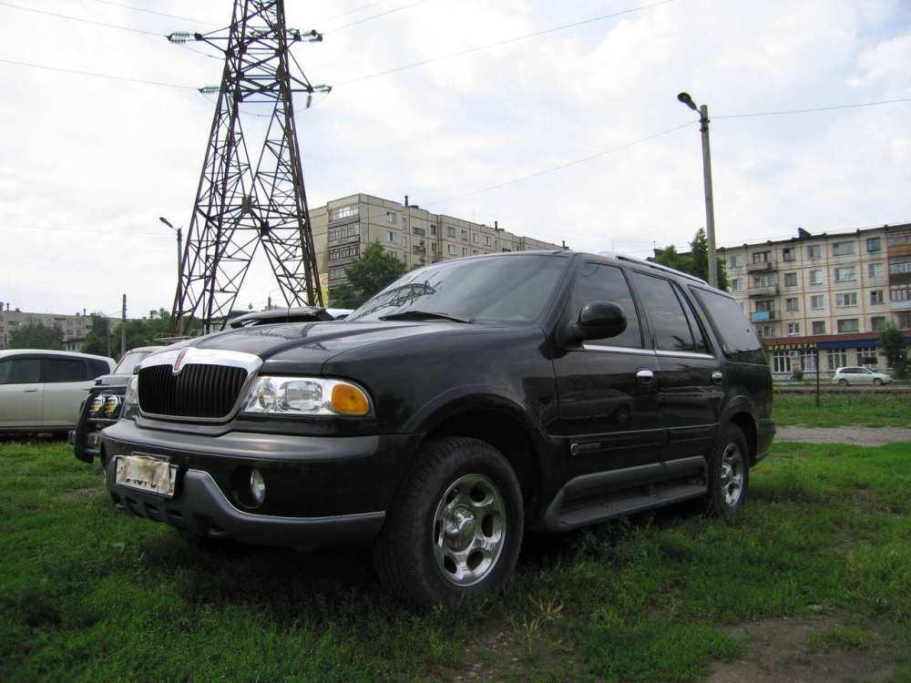 medium resolution of  vehicle 1998 lincoln navigator