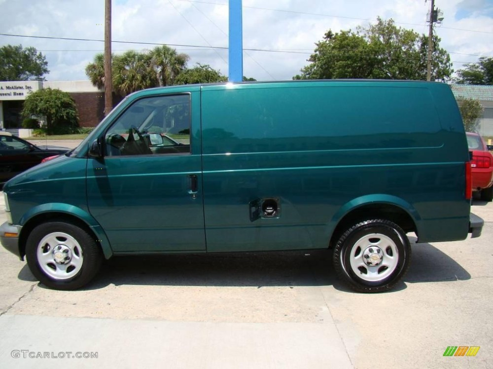 medium resolution of 2004 astro cargo van dark forest green metallic neutral photo 5