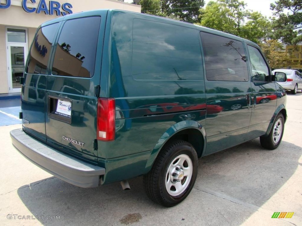 medium resolution of 2004 astro cargo van dark forest green metallic neutral photo 8