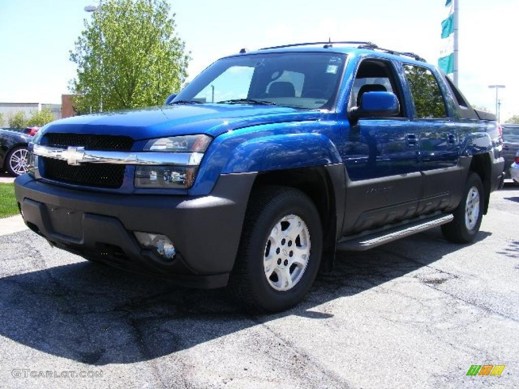 hight resolution of 2004 arrival blue metallic chevrolet avalanche 1500 z71 4x4 29200920