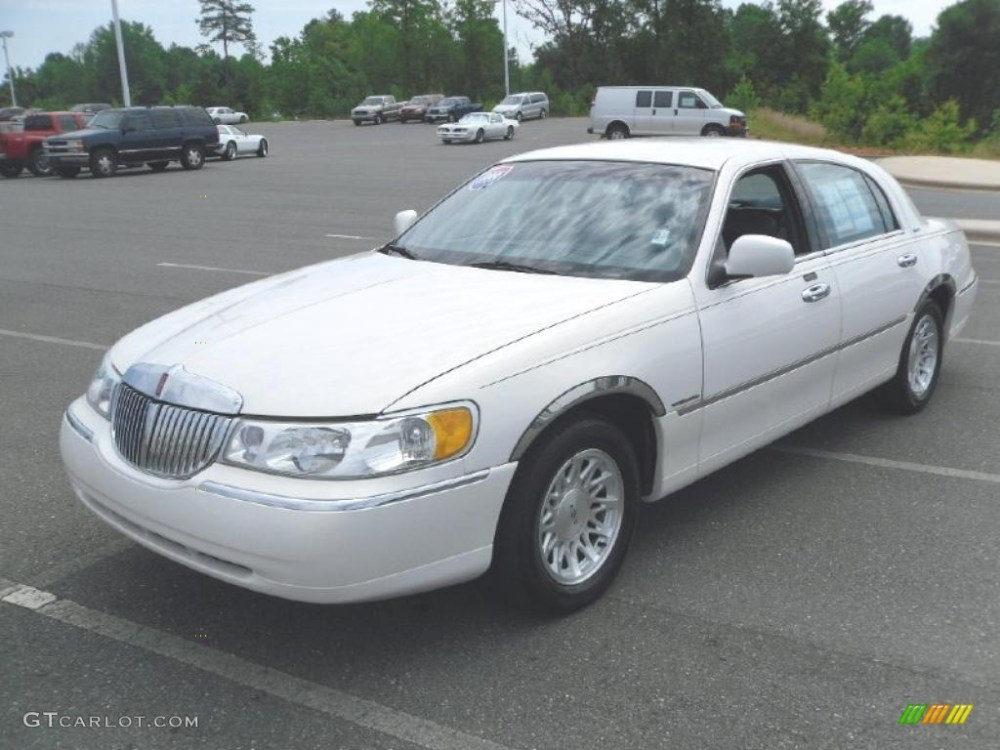 medium resolution of 1999 performance white lincoln town car signature 31145535