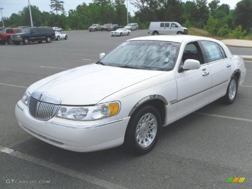 small resolution of 1999 performance white lincoln town car signature 31145535