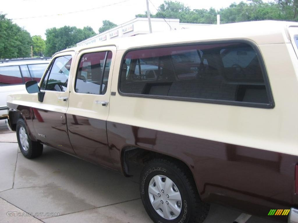 hight resolution of 1989 suburban r10 tan camel photo 2