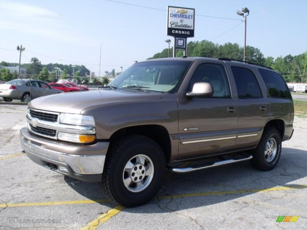 medium resolution of 2003 tahoe lt 4x4 sandalwood metallic tan neutral photo 1