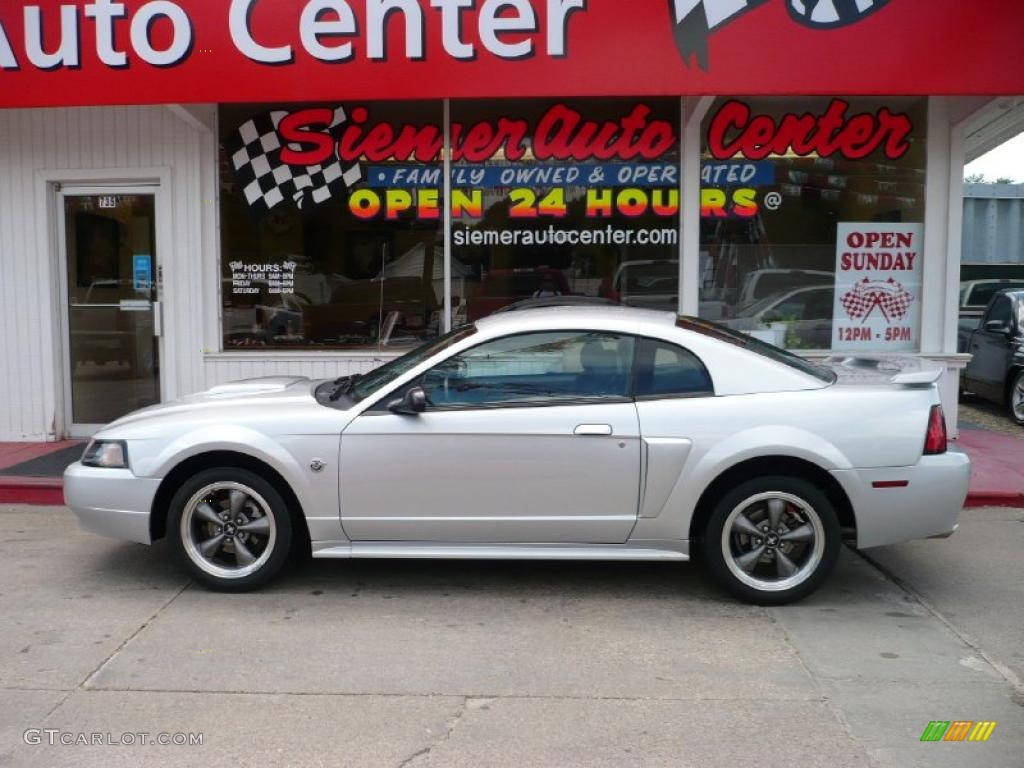 hight resolution of 2004 mustang gt coupe silver metallic dark charcoal photo 1