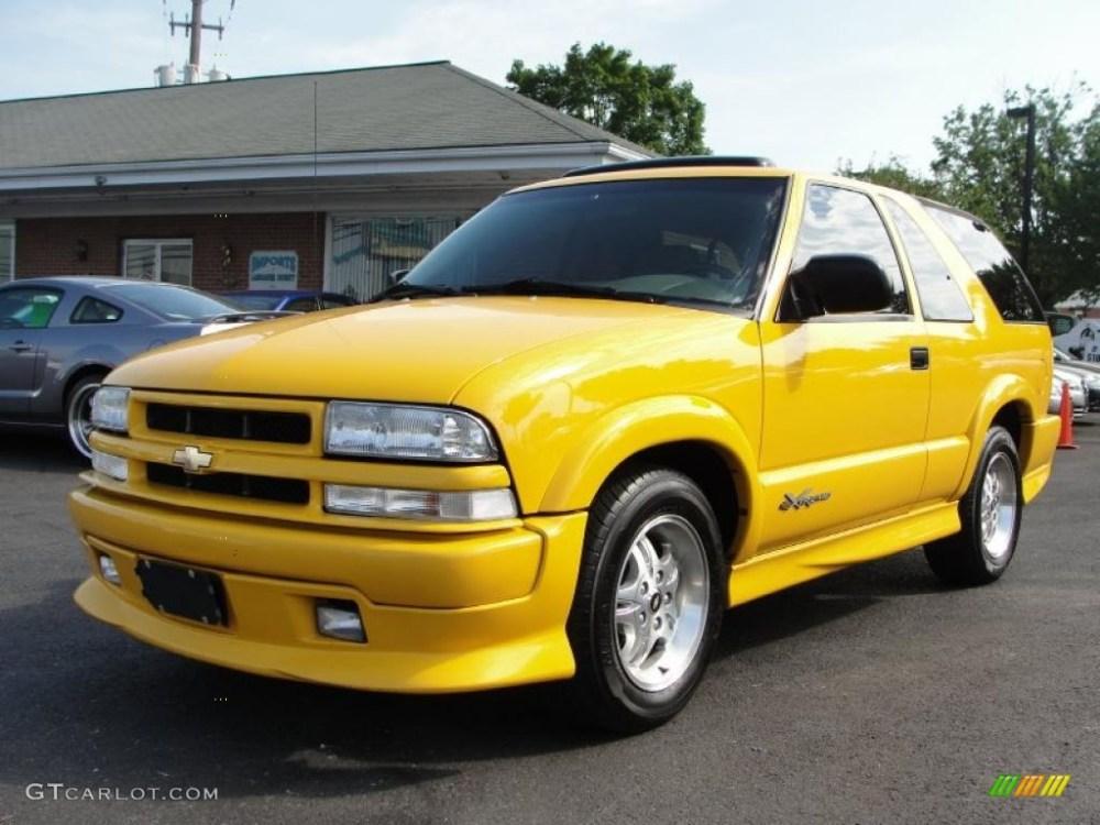 medium resolution of 2003 blazer xtreme yellow medium gray photo 3