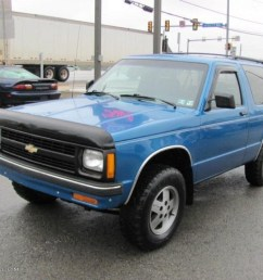 1991 bright blue metallic chevrolet s10 blazer tahoe 4x4 37175095 photo 5 [ 1024 x 768 Pixel ]