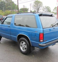 1991 bright blue metallic chevrolet s10 blazer tahoe 4x4 37175095 photo 11 [ 1024 x 768 Pixel ]
