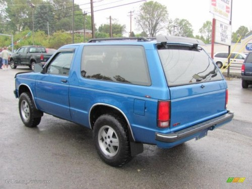small resolution of 1991 bright blue metallic chevrolet s10 blazer tahoe 4x4 37175095 photo 11