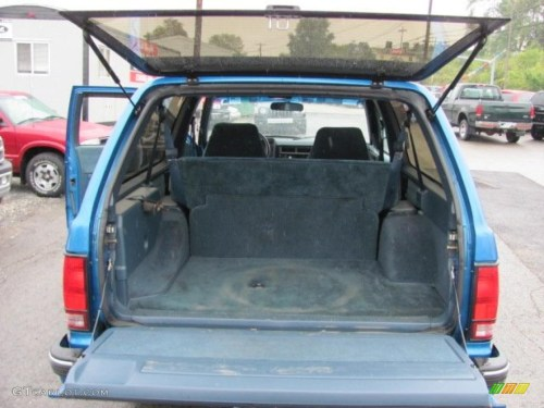 small resolution of 1991 bright blue metallic chevrolet s10 blazer tahoe 4x4 37175095 photo 18