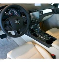 cornsilk beige interior 2011 volkswagen touareg vr6 fsi sport 4xmotion photo 39322777 [ 1024 x 768 Pixel ]