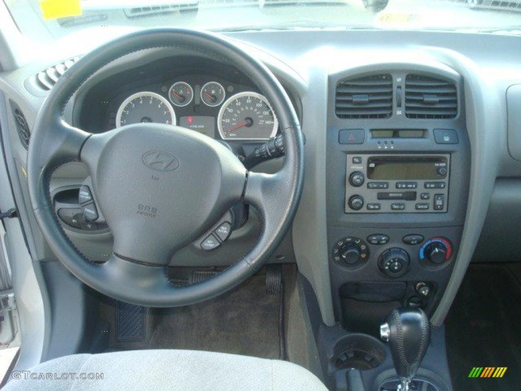 2002 Hyundai Santa Fe Interior