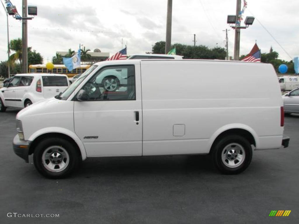 hight resolution of ivory white 2001 chevrolet astro commercial van exterior photo 39846166