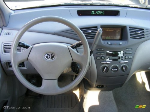 small resolution of 2002 toyota prius hybrid gray dashboard photo 40593573