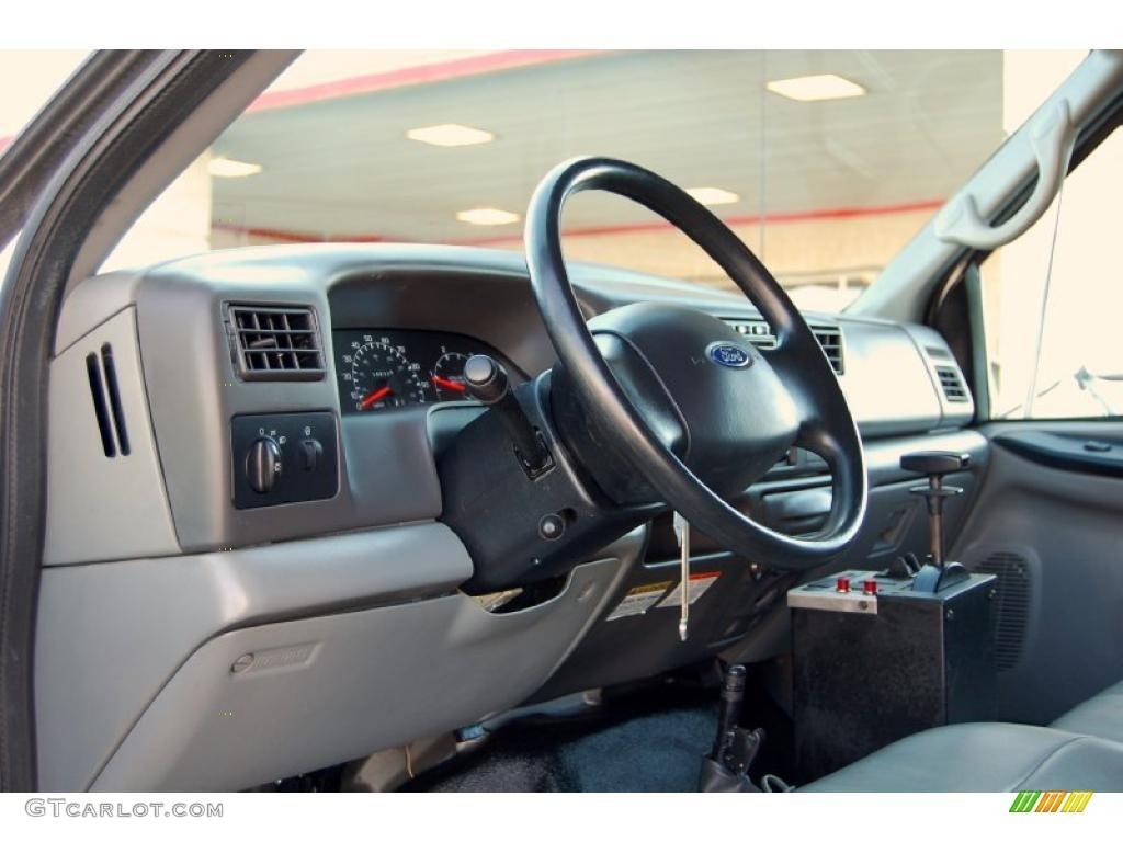 hight resolution of 2008 ford f650 super duty xlt regular cab chassis dump truck medium flint dashboard photo
