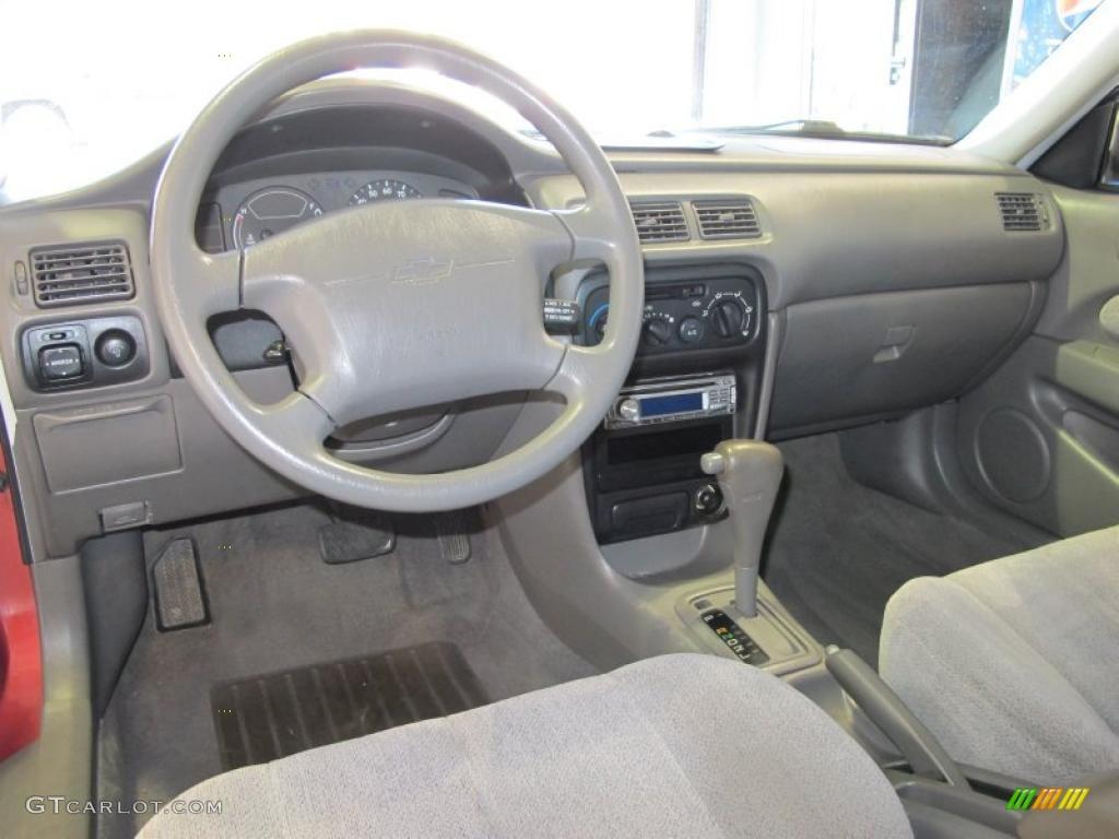 hight resolution of beige interior 1998 chevrolet prizm lsi photo 44005203